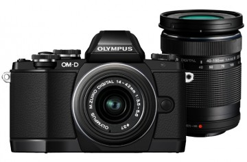 poza Olympus E-M10 Double Zooom Kit black
