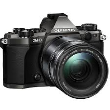 poza Olympus E-M5II 1415II Limited Edition Titanium color black